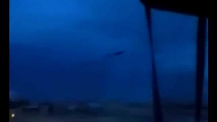 2 Nisan da Fırtınadan Uzaklaşan UFO