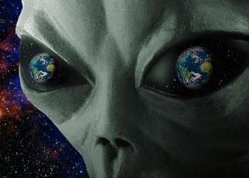 """""""Barışsever Uzaylılar Amerika'yı Nükleer Savaştan Korumaya Çalıştı"""""""