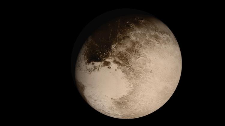 Pluto 'nun Maskesi Düştü