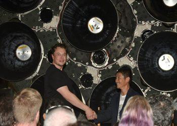 Ay'a Gidecek İlk Turist Belli Oldu